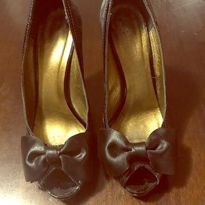 Coach peep toe pumps